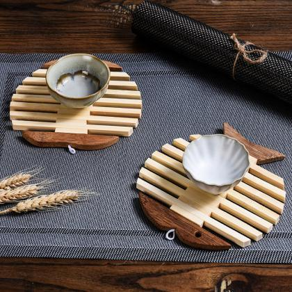 Creative Wooden Fish Placemat Apple..