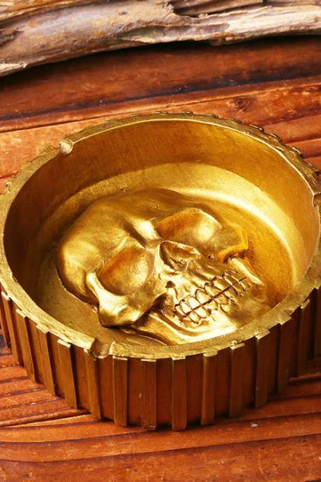Creative Skull Ashtray Personality Gift Resin Home Ornament Ashtray