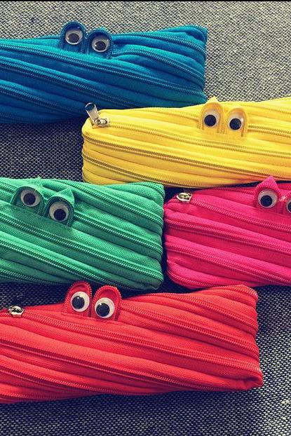 Creativity Stationery Cute Monster Zipper Bag Funny Purse Cartoon Pen Bag