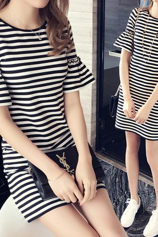 Women Stripe Trumpet Sleeves Dress Round Neck Casual Dress